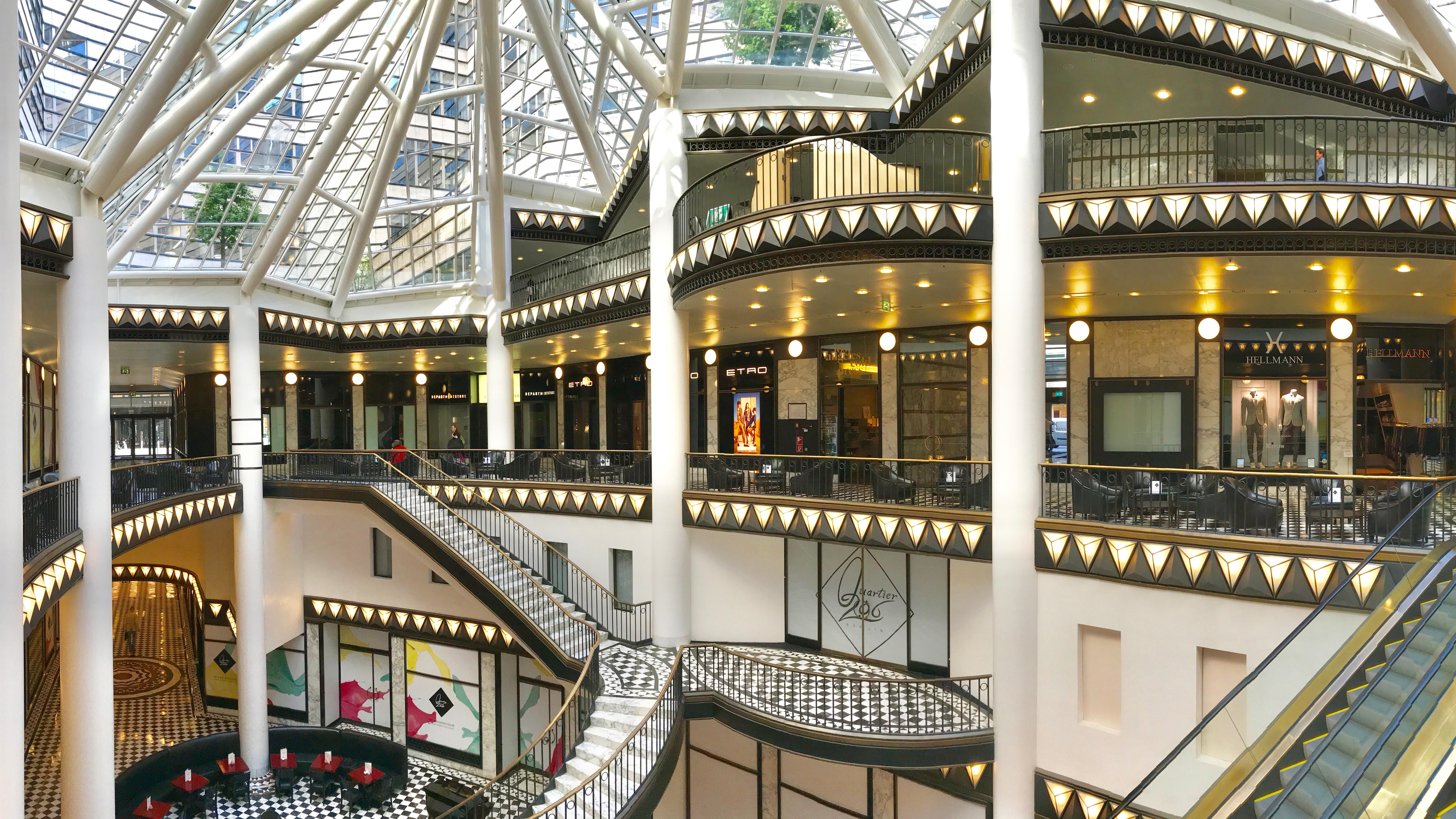 Berlin Shopping im Quartier 206