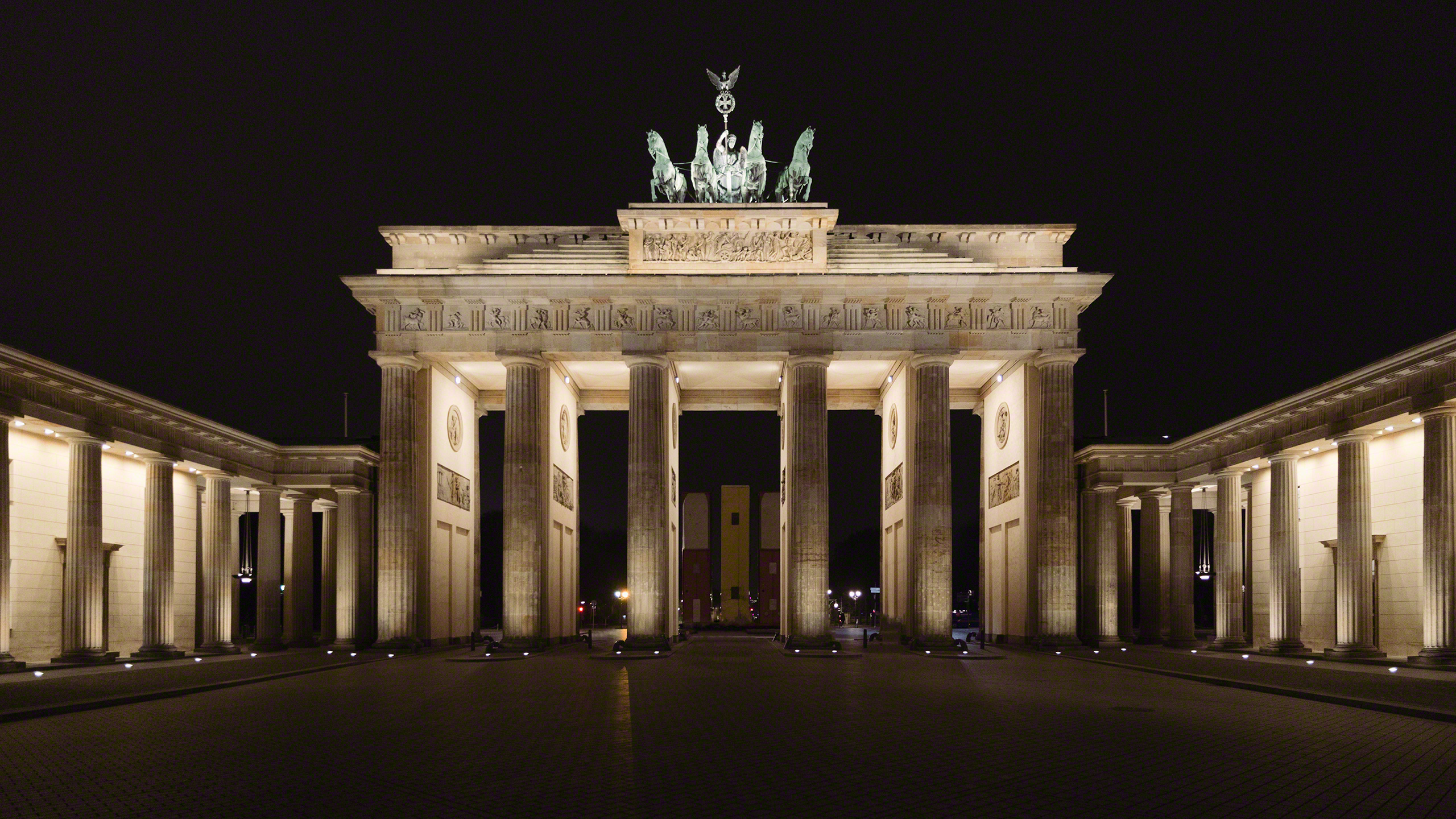 Brandenburger Tor Berlin bei Nacht