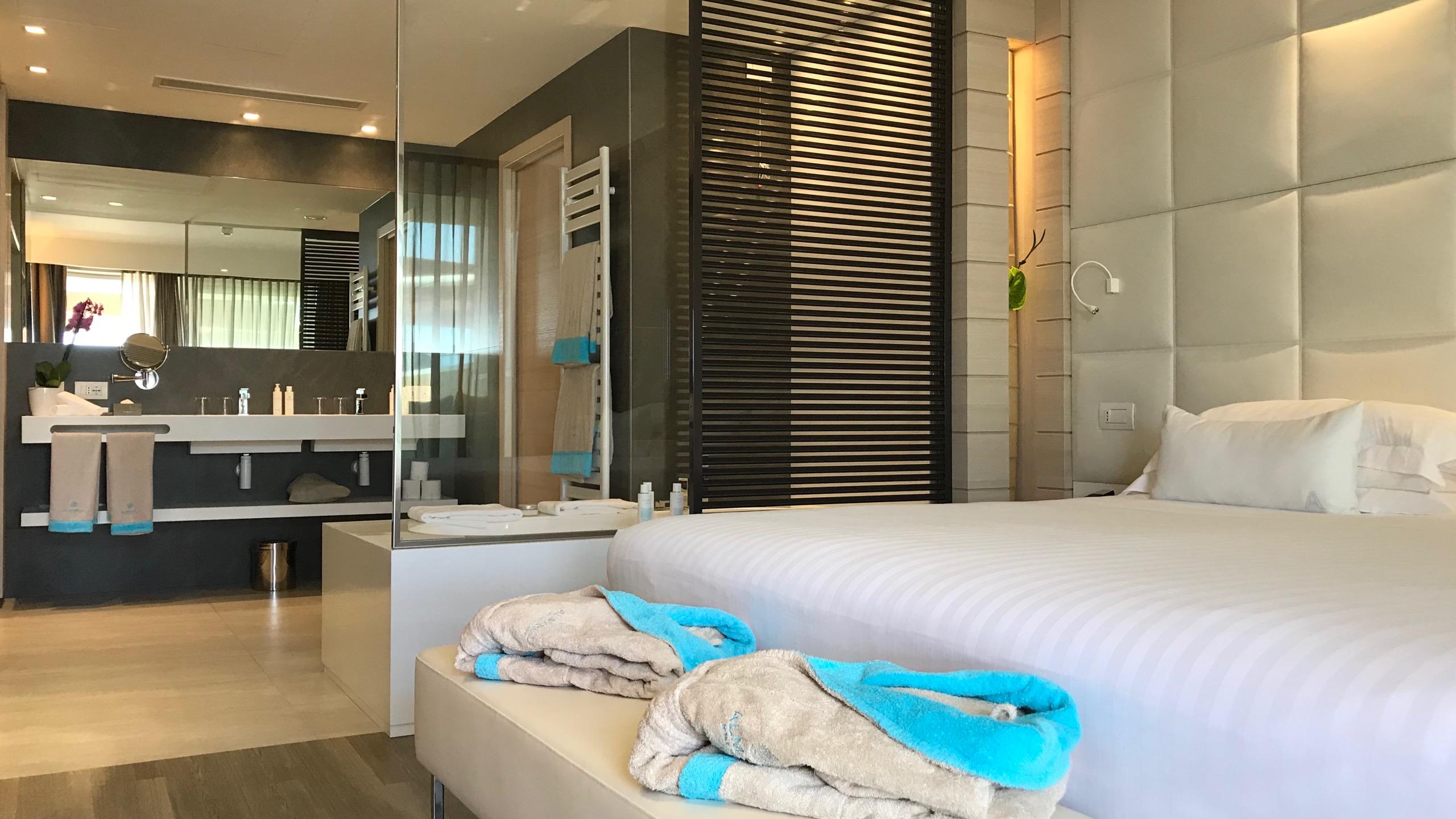 Almar Jesolo Resort & Spa Hotel Italien Schlafzimmer