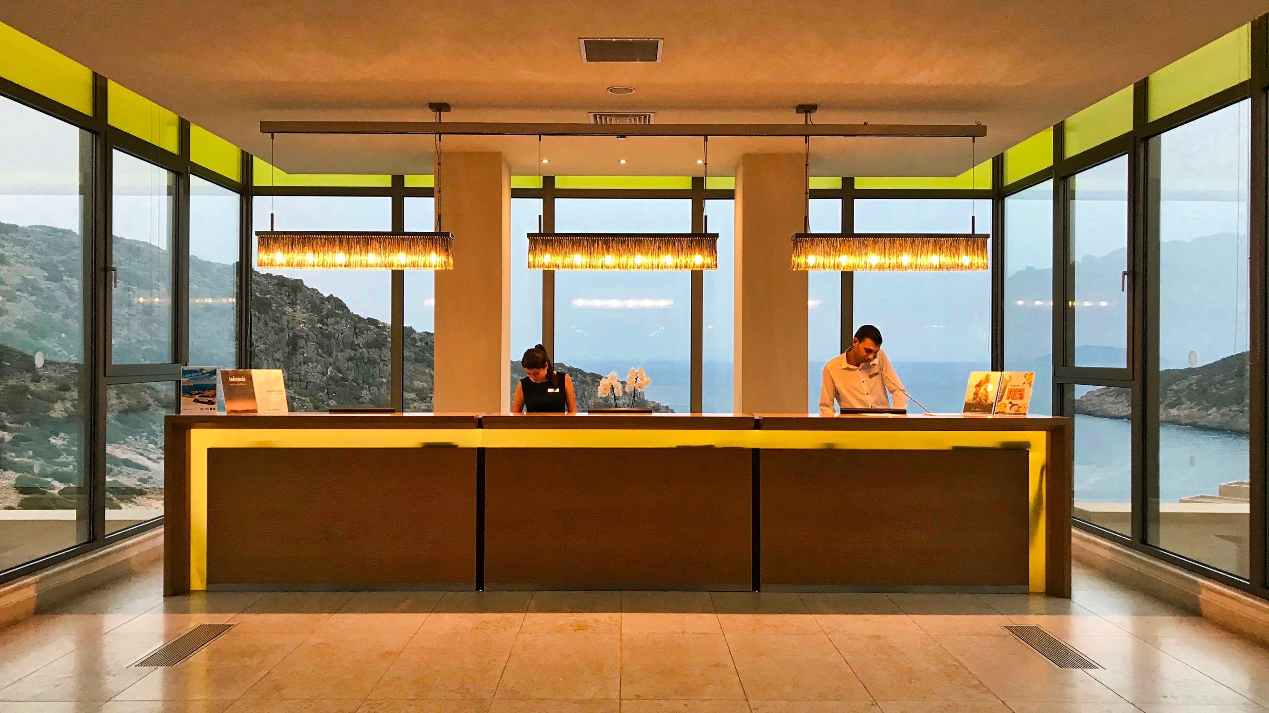 Hotel Daios Cove Kreta Empfang Lobby