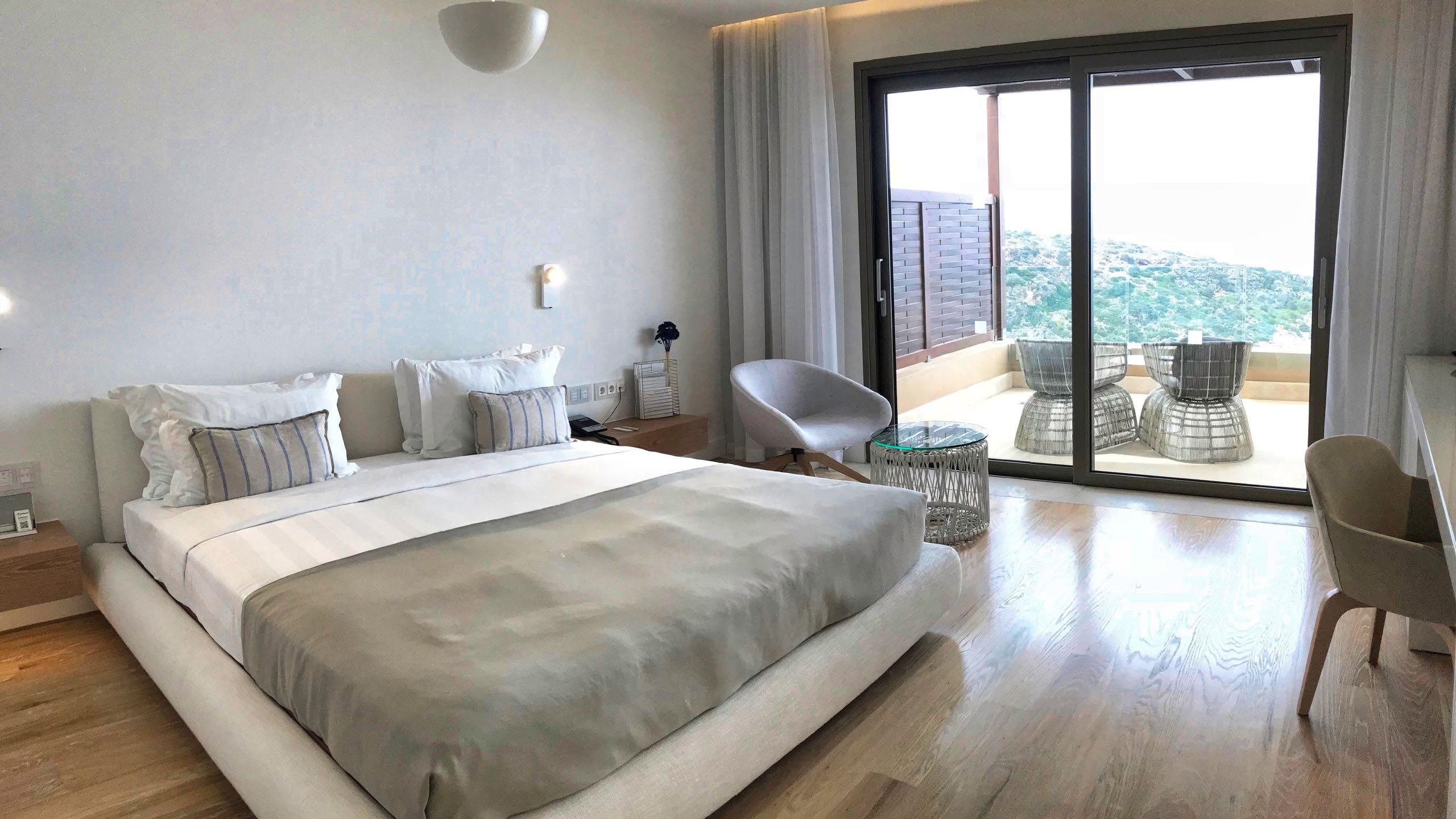 Hotel Daios Cove Kreta Luxus Villa Schlafzimmer