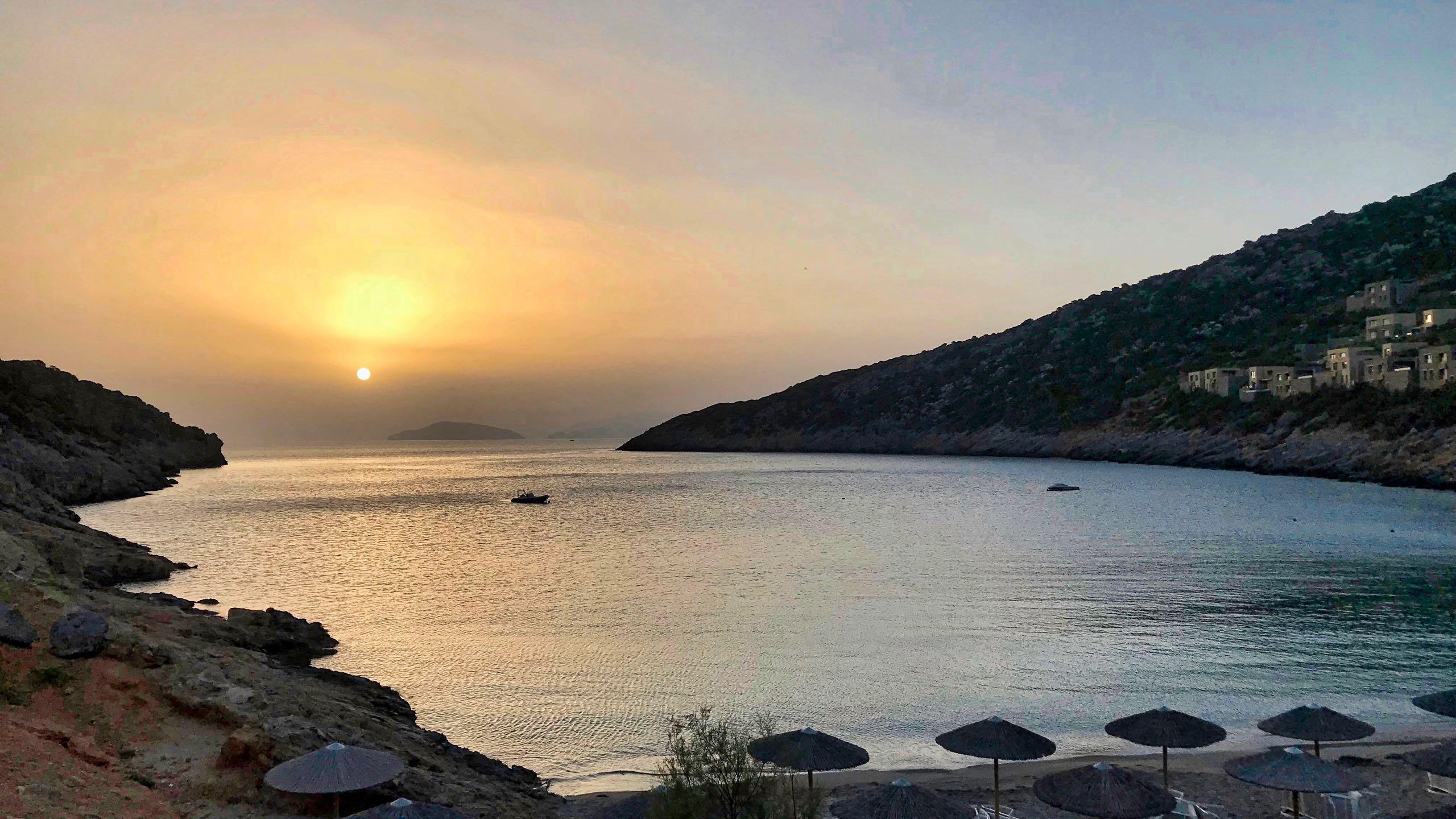 Hotel Daios Cove Sonnenaufgang
