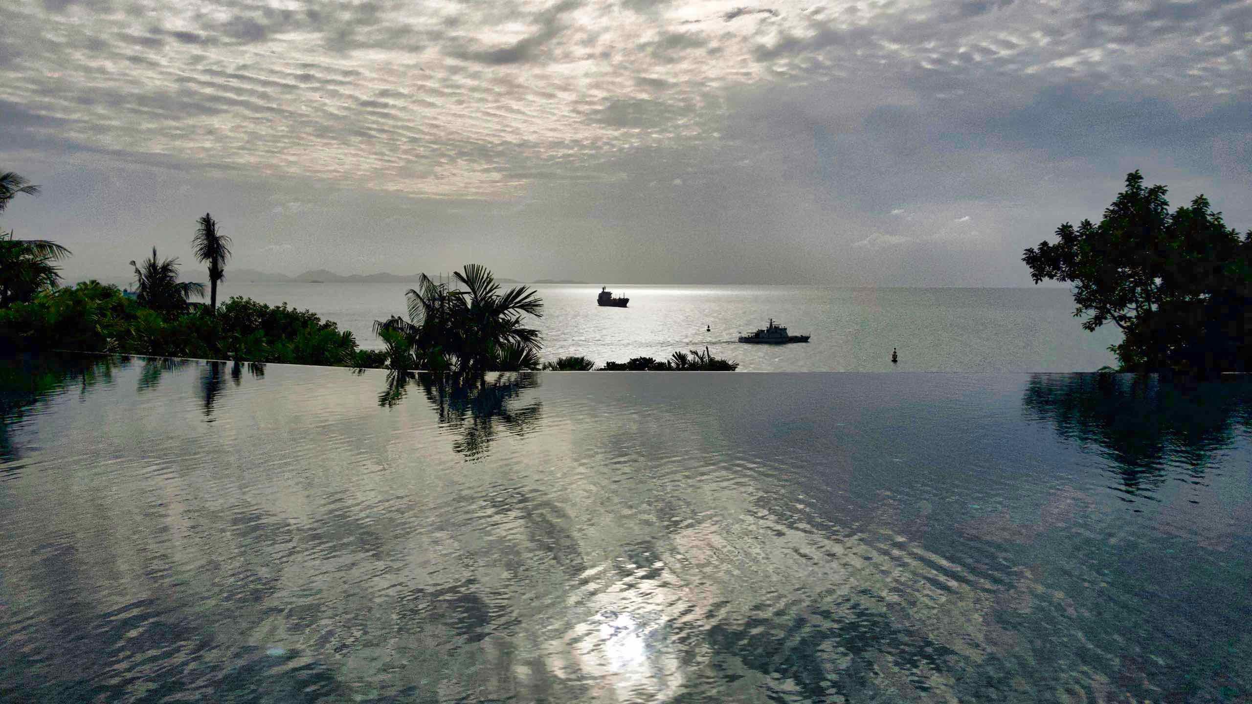 Amatara Wellness Resort Phuket Pool und Meer