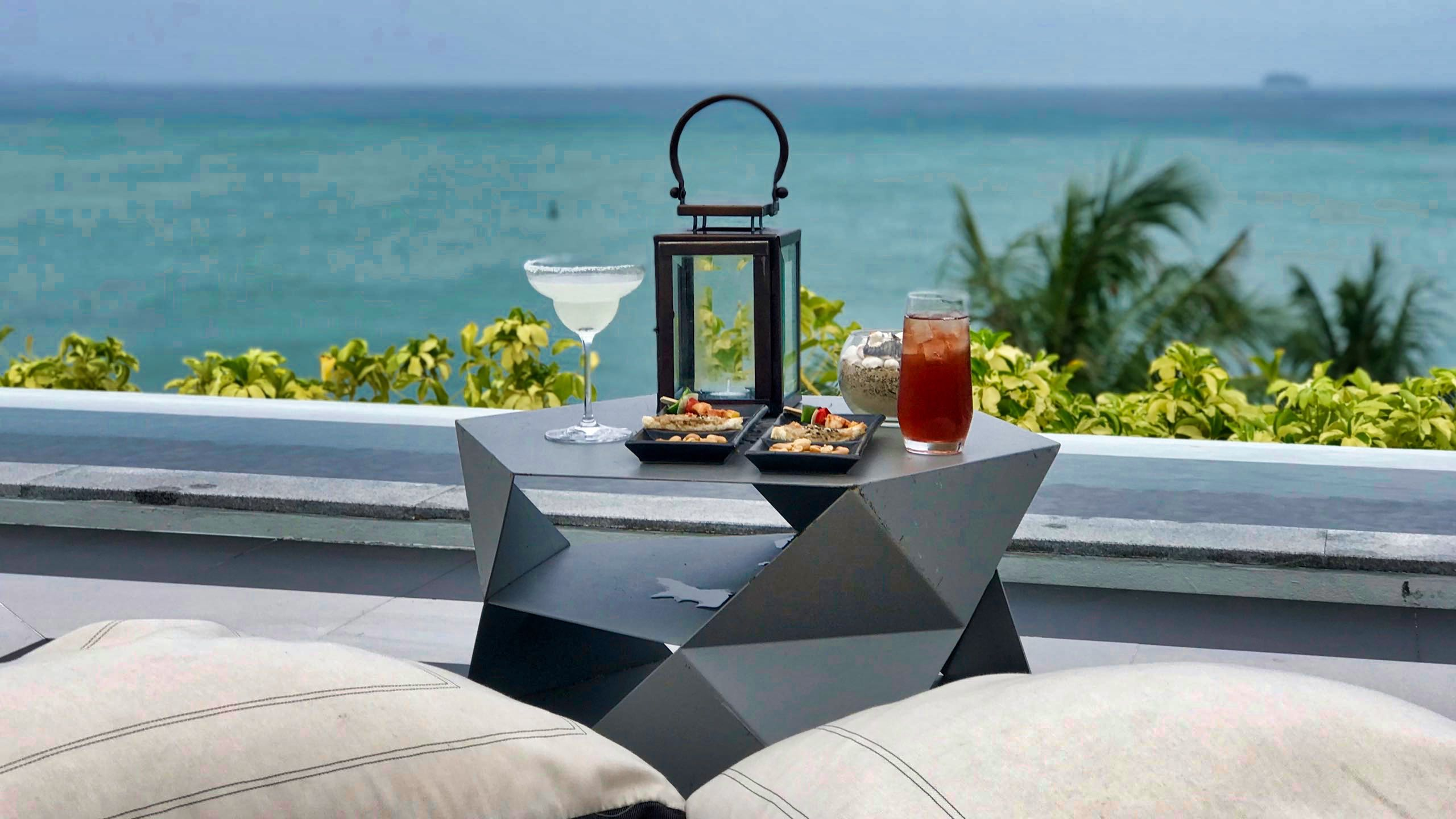 Amatara Wellness Resort Phuket Rooftop Bar