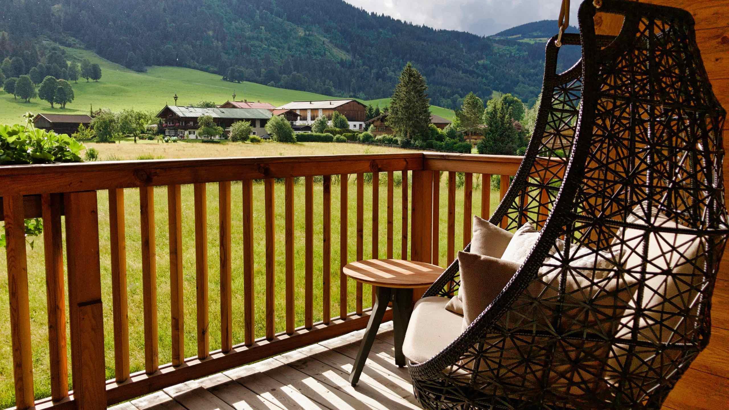 Kitzbühel Lodge Balkon im privaten Chalet