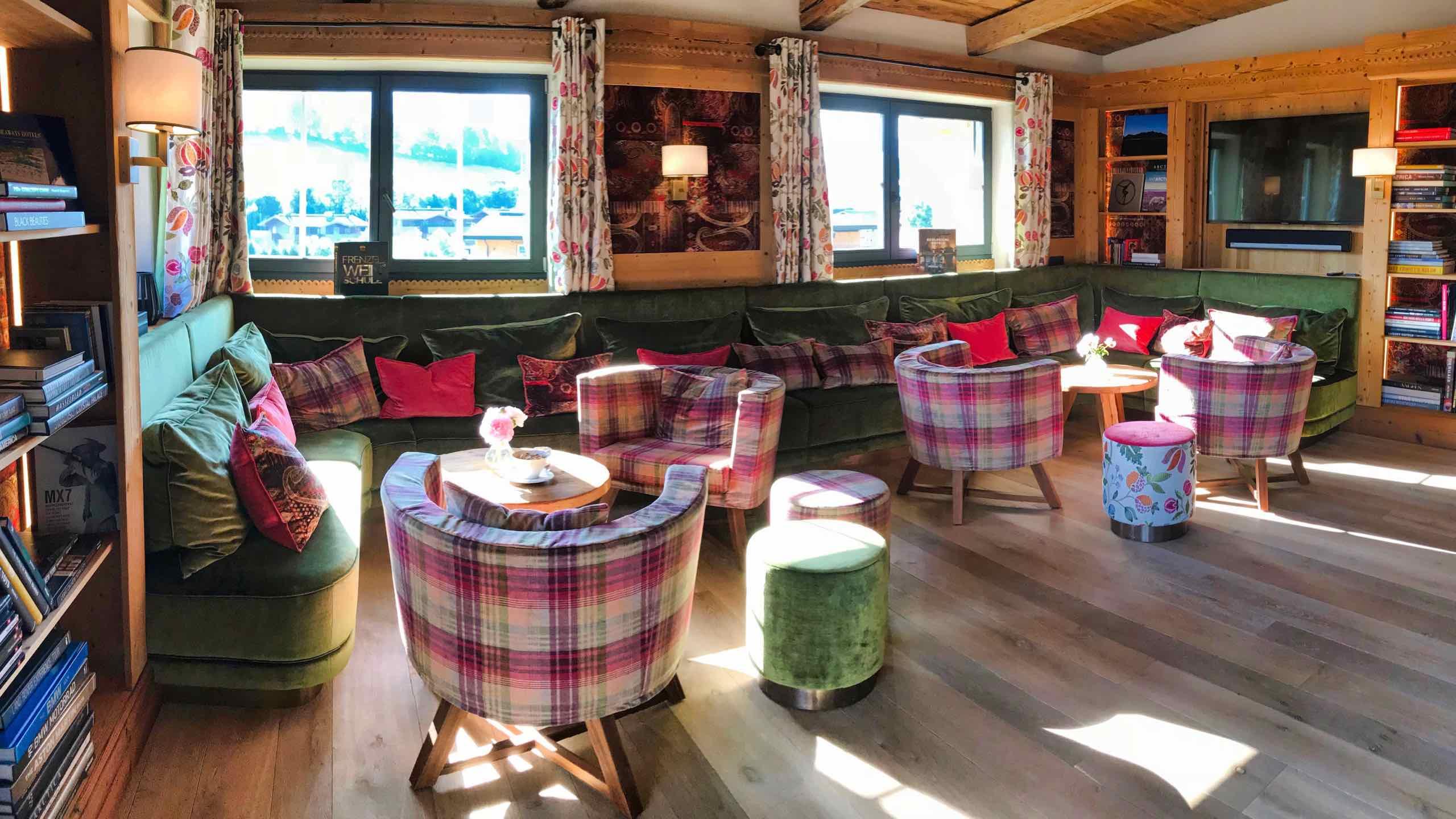 Kitzbühel Lodge Salon Wohnstube
