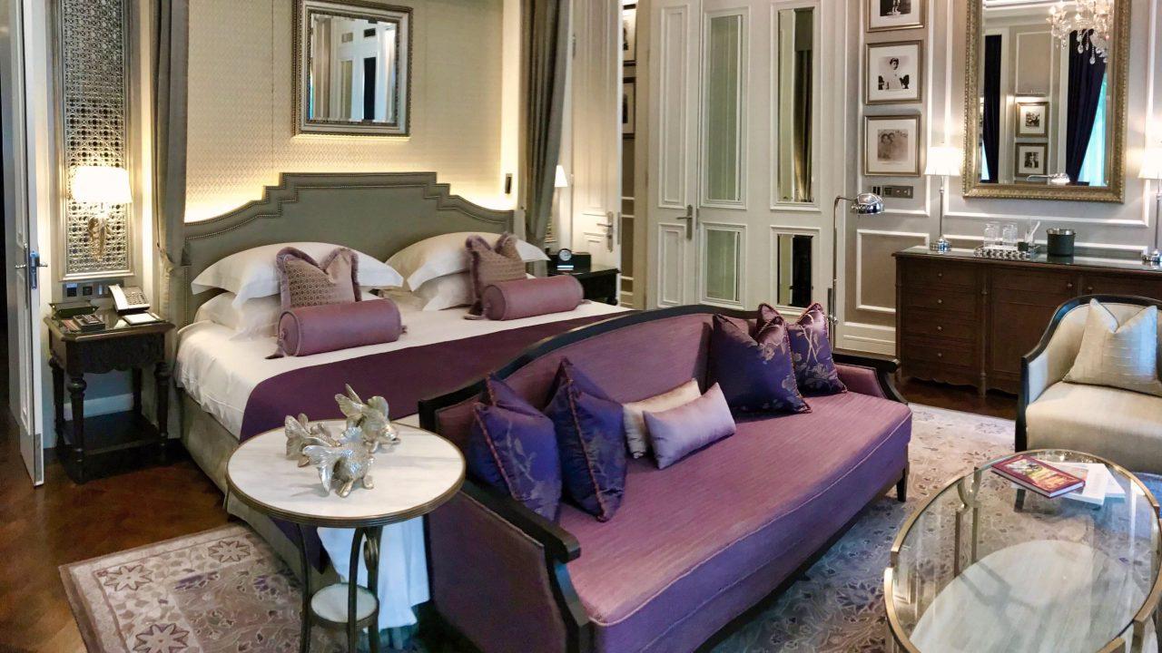 Ein Schlafzimmer für königliche Ansprüche, die Royal Suite im Mandarin Oriental.