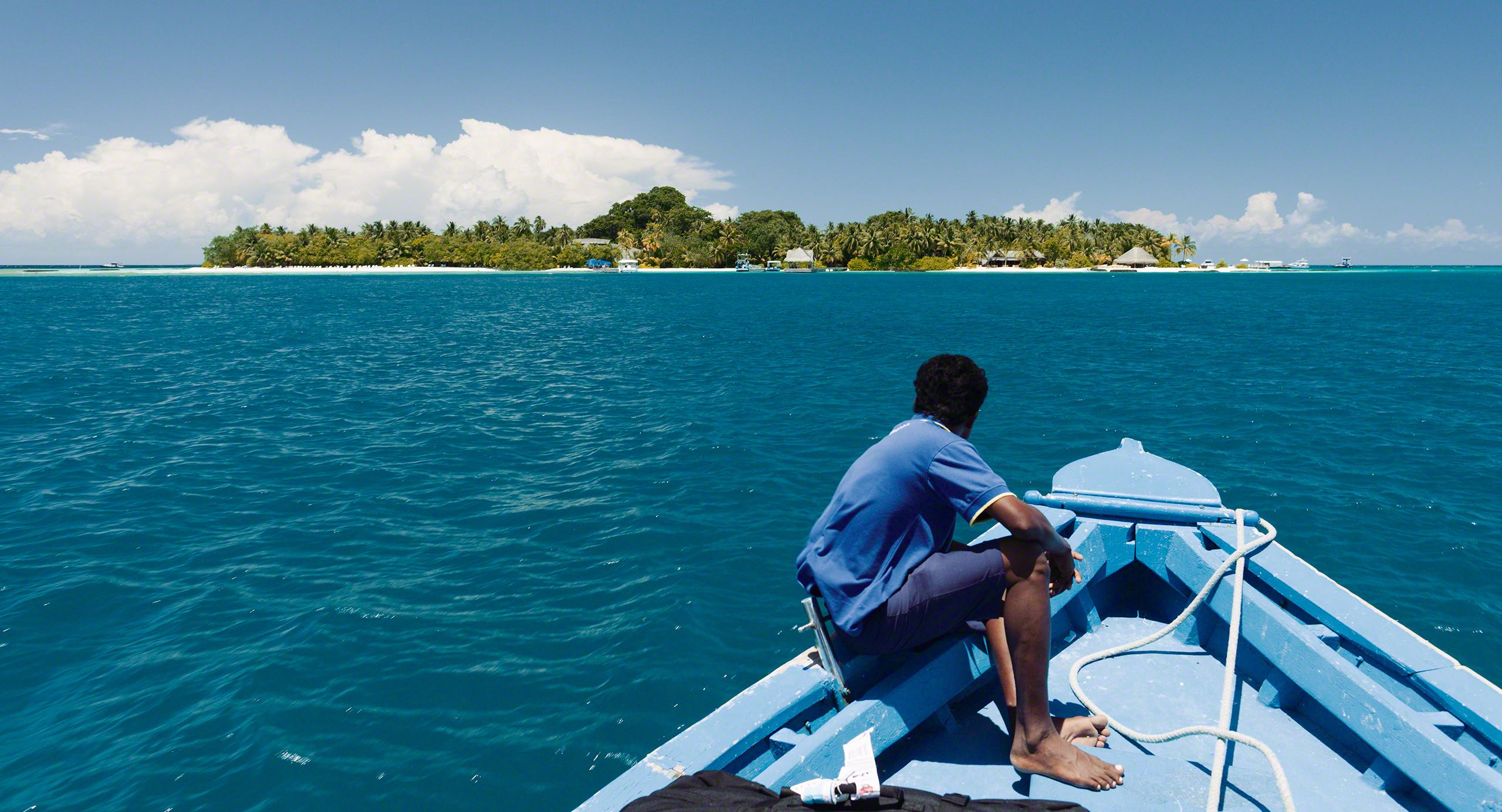 Vom Air-Taxi per Boot auf die Insel Kuramathi.