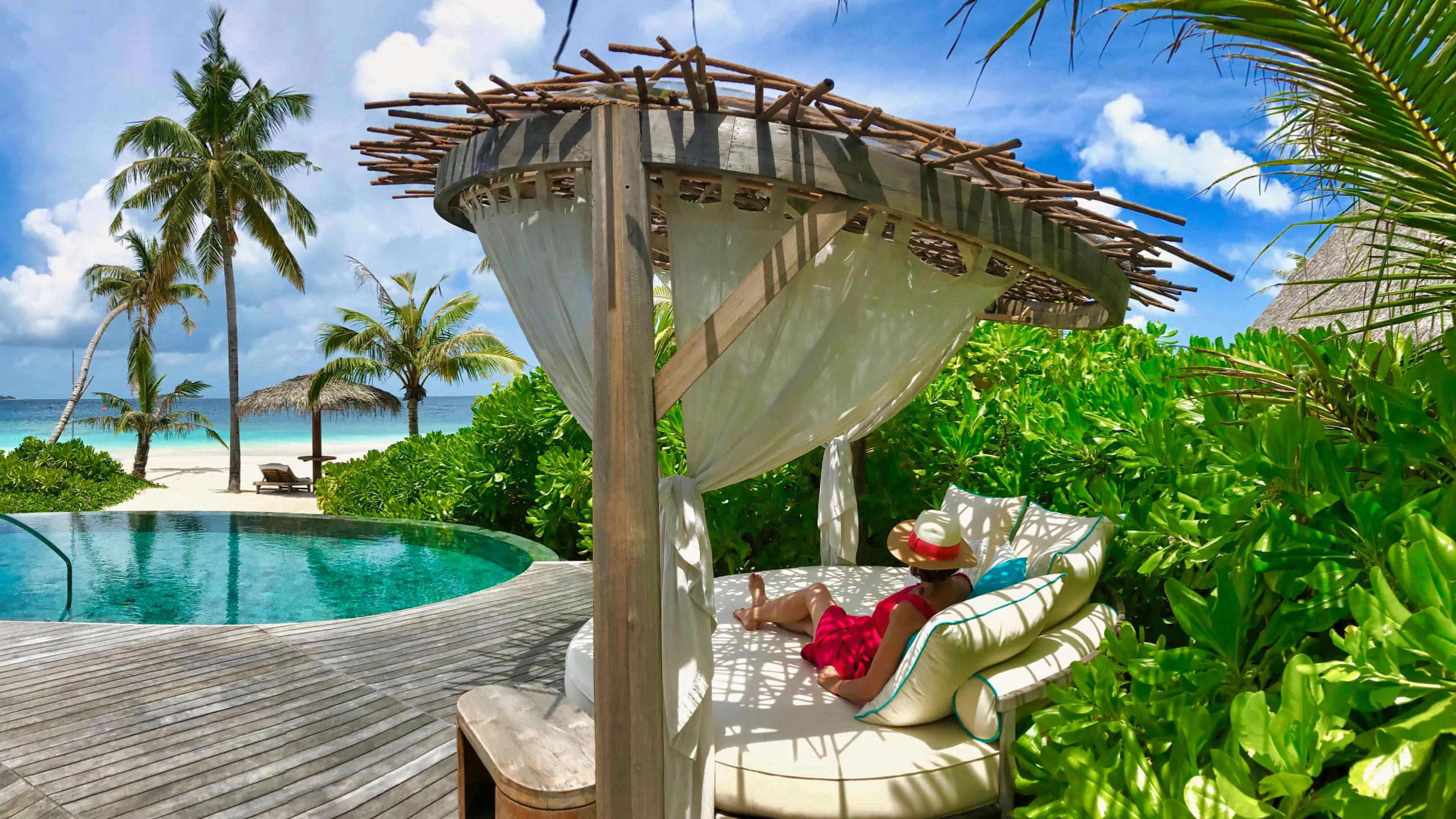 Milaidhoo Island Malediven Beach Villa Day Bed