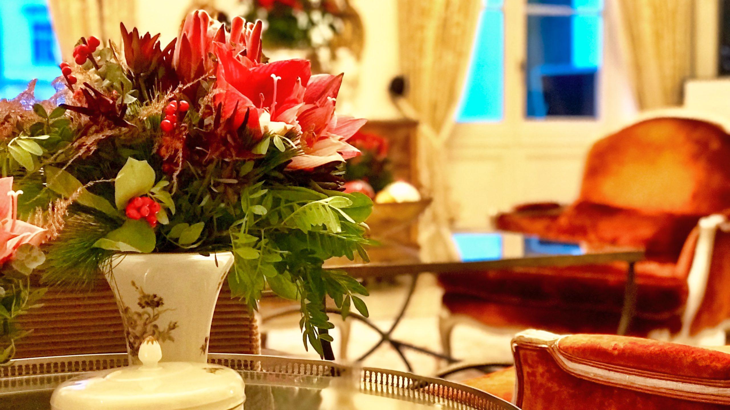 Ankommen und bleiben. Grand Hotel Heiligendamm ein weihnachtlich geschmücktes Märchenschloss.
