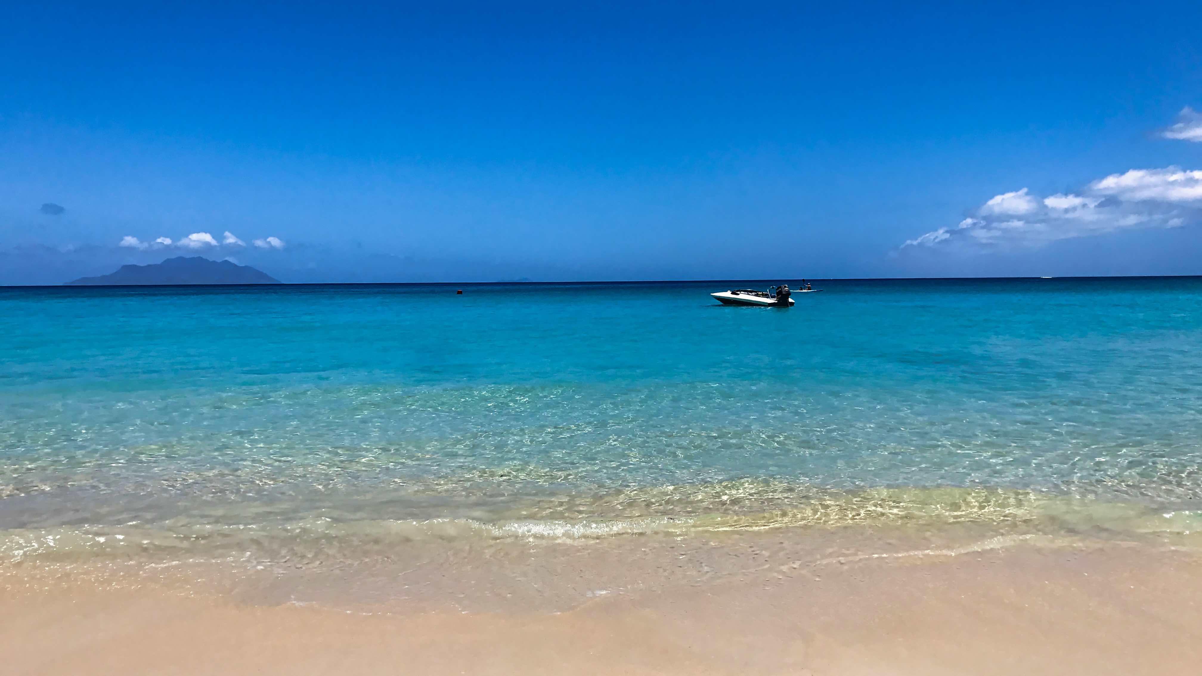 Ein Seychellen Traum vom Sandstrand, Beau Vallon.