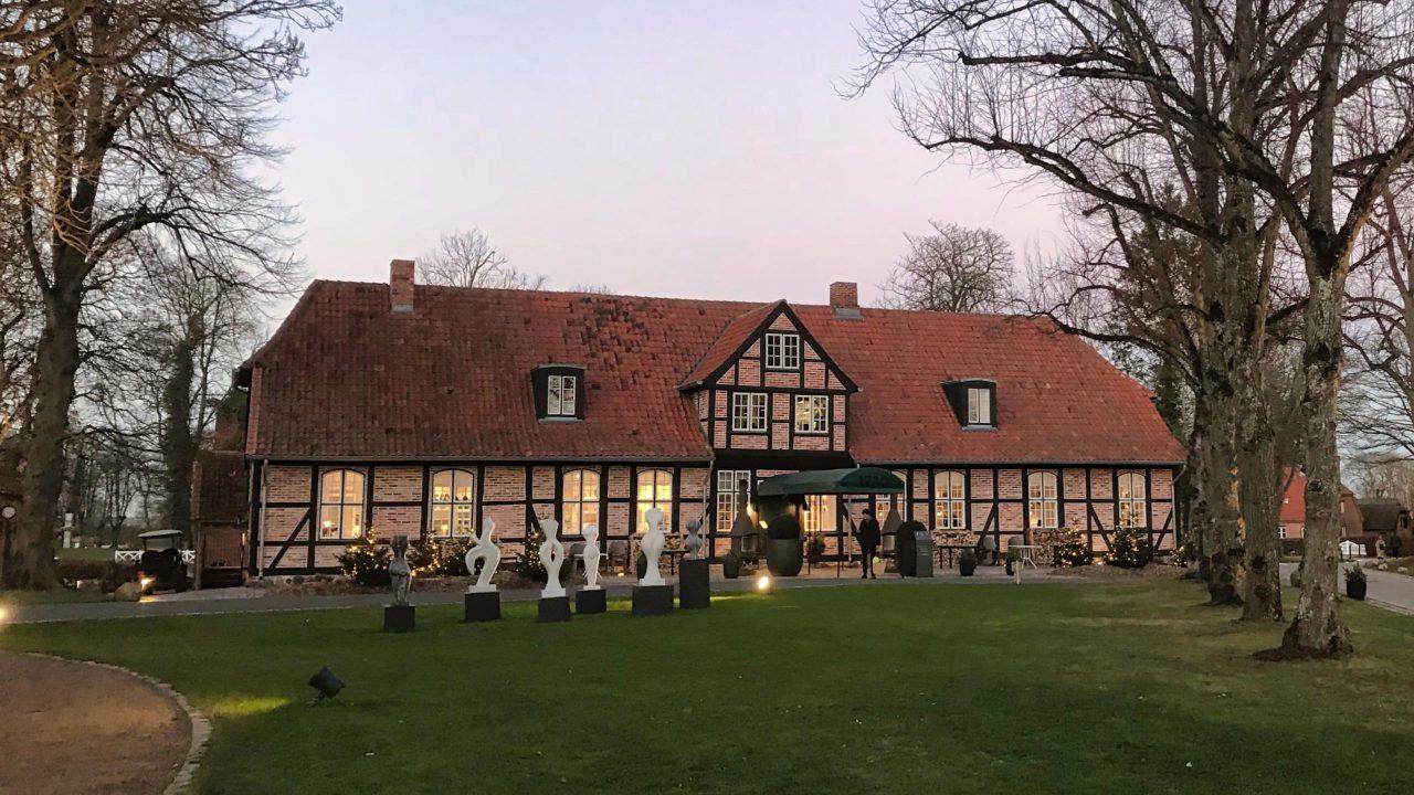Frühstück-Genuss im liebevoll restaurierten Kavaliershaus.