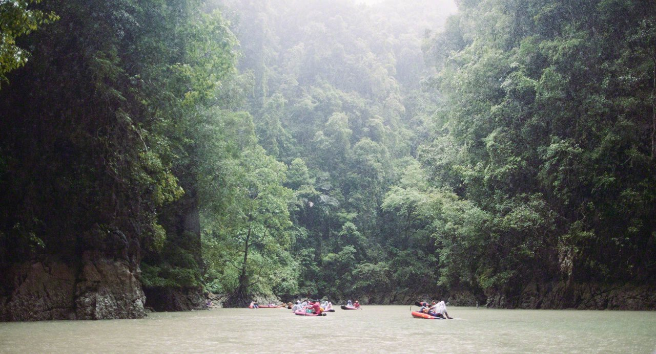 Im Naturparadies: Phang-Nga Bootstour auf Phuket ©Mirco Seyfert