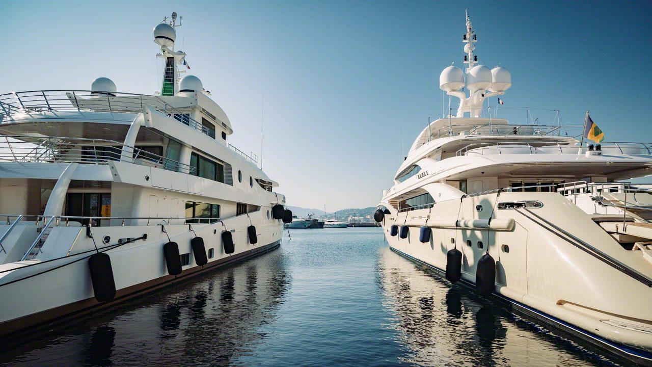 Für jeden Skipper ein Traumziel, der Yachthafen in Cannes. ©Mirco Seyfert
