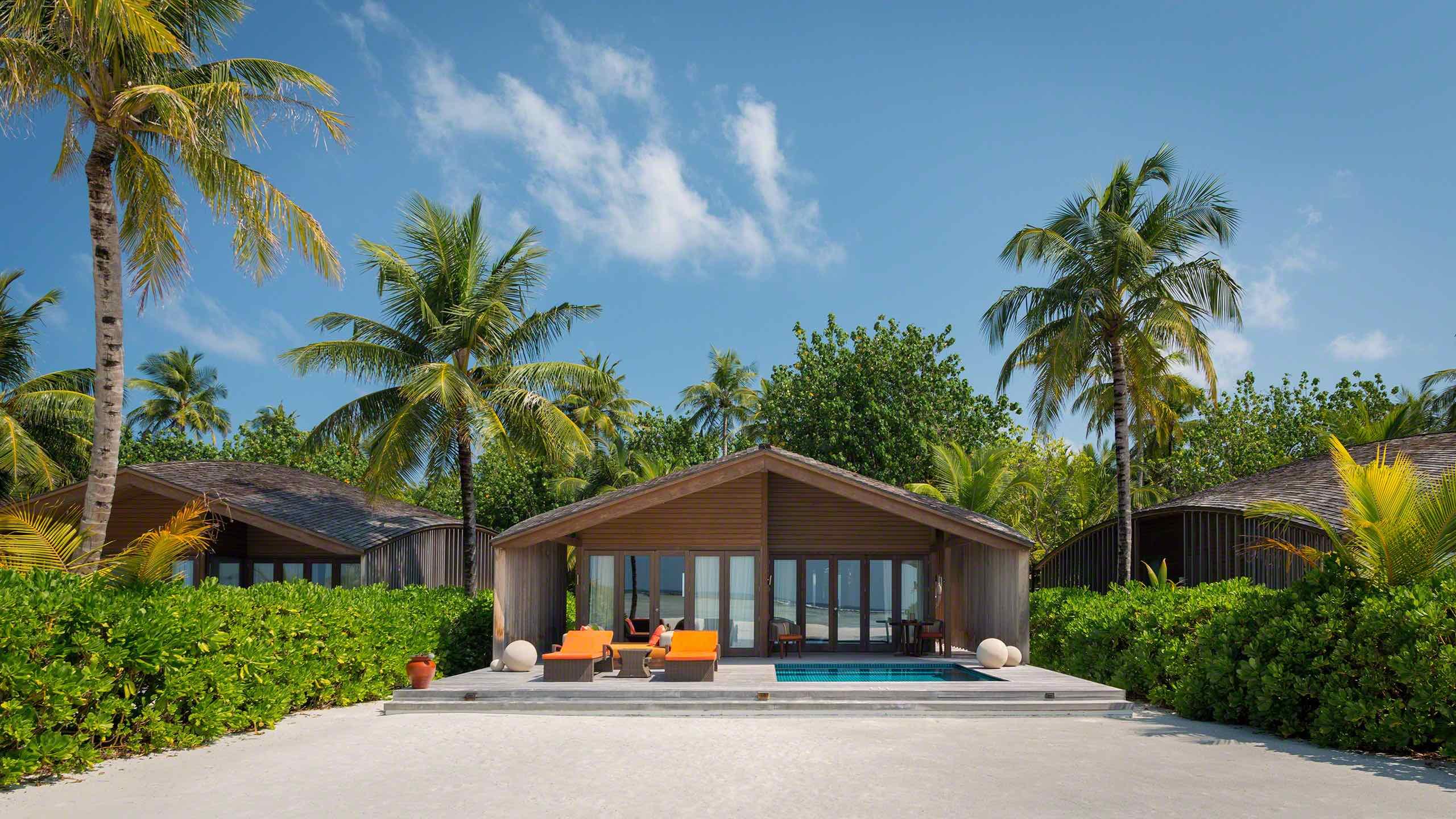 168 Quadratmeter große Eco-Nature Sunrise Beach Villa, gefühlt alleine auf einer Trauminsel ©Mirco Seyfert