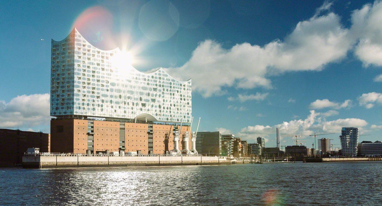 Großartige Kunst: Elbphilharmonie. Foto © Mirco Seyfert