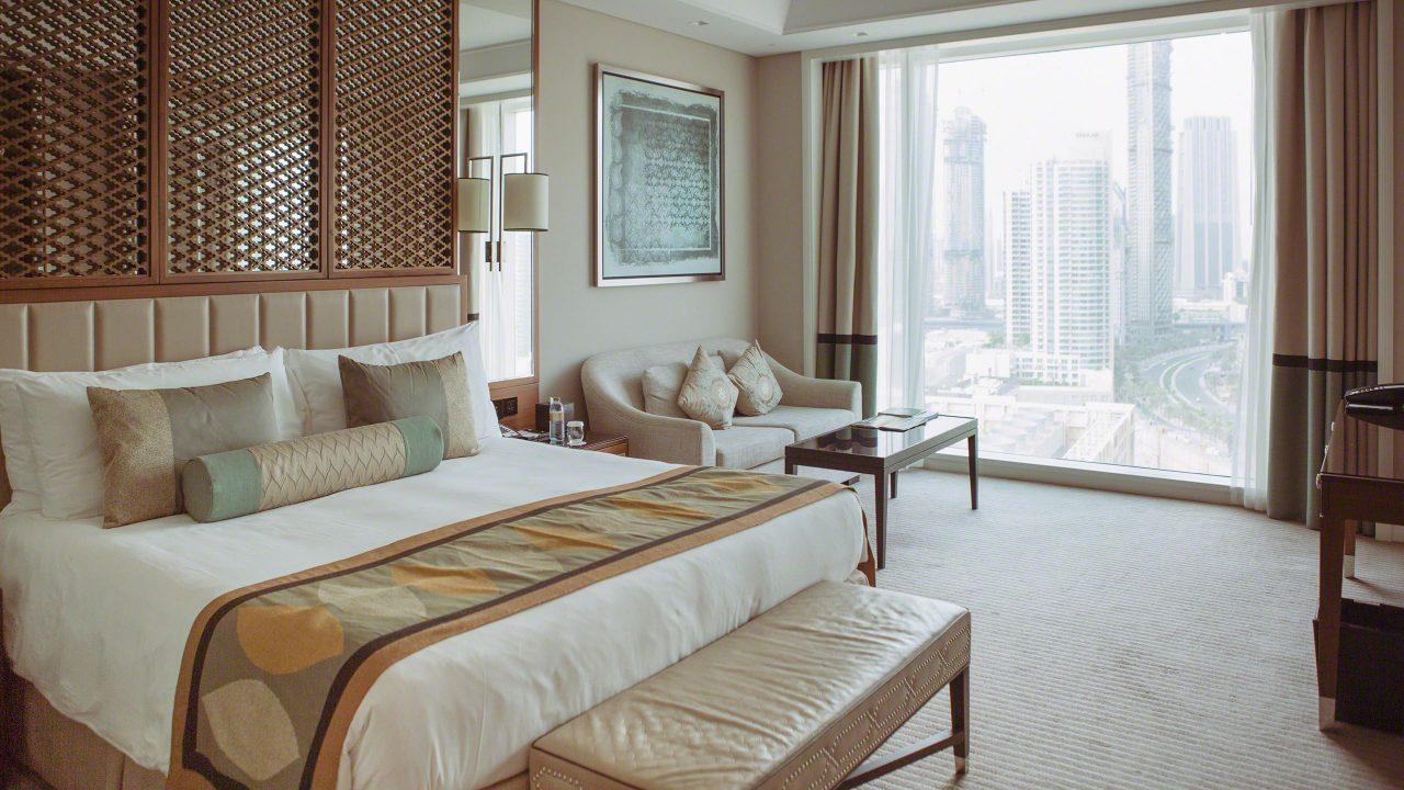 Von der Taj Hotel Suite zum höchsten Turm der Welt. Foto © Mirco Seyfert