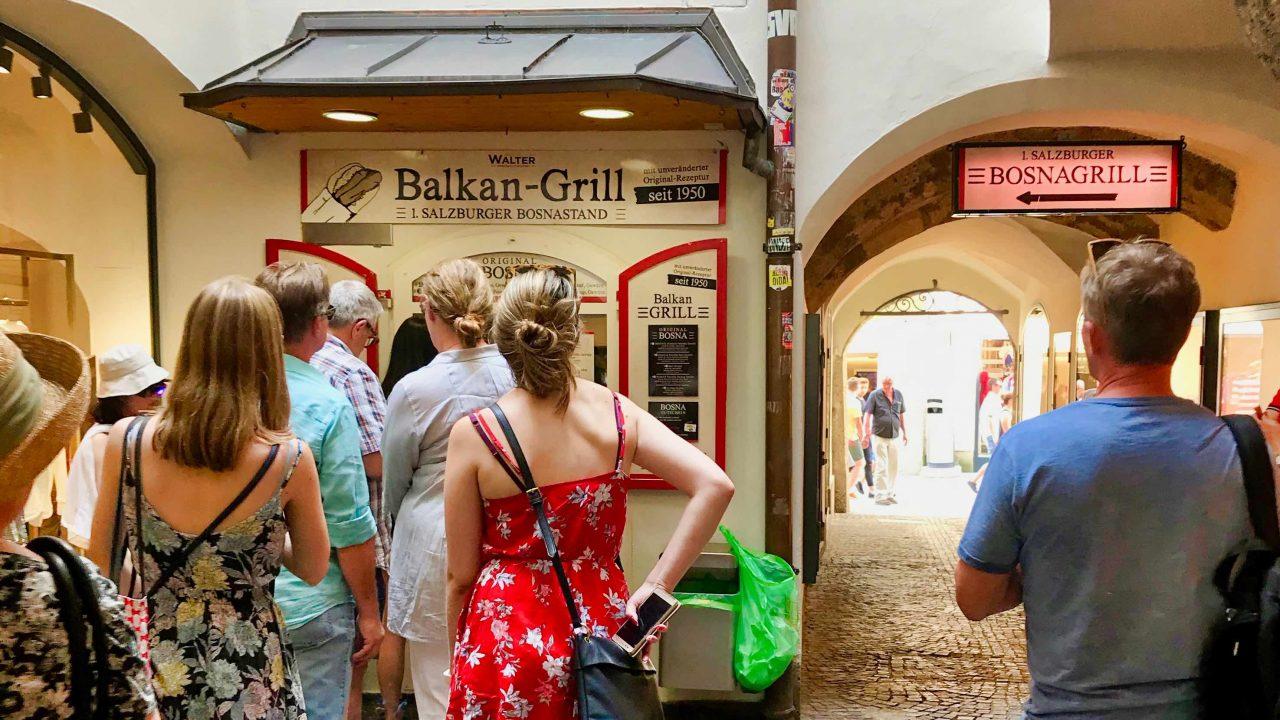 Kult in Salzburg: Balkan Grill mit der würzigen Bosna.