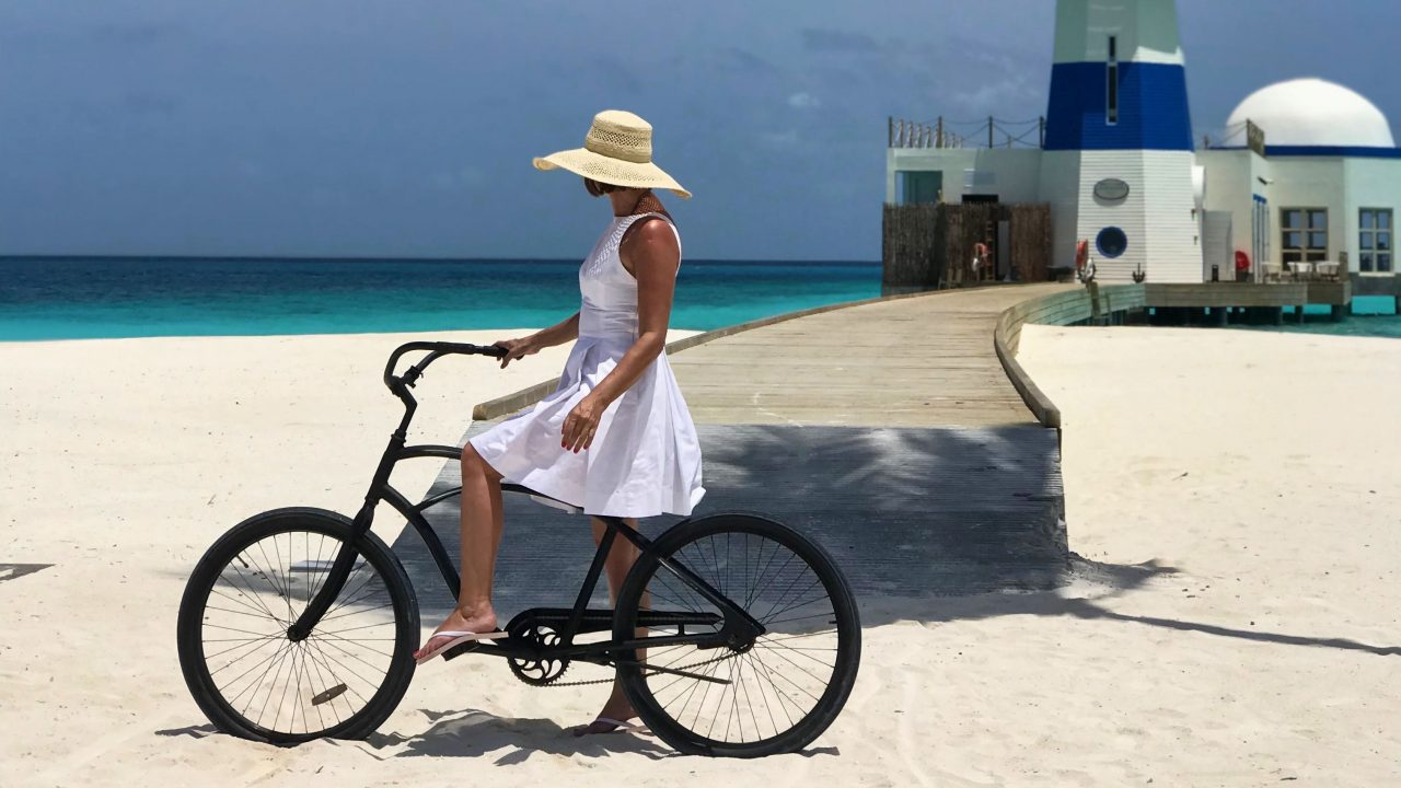 Mit dem Fahrrad durch den tiefen Sand, selten hat mir Sport so viel Spaß gemacht.
