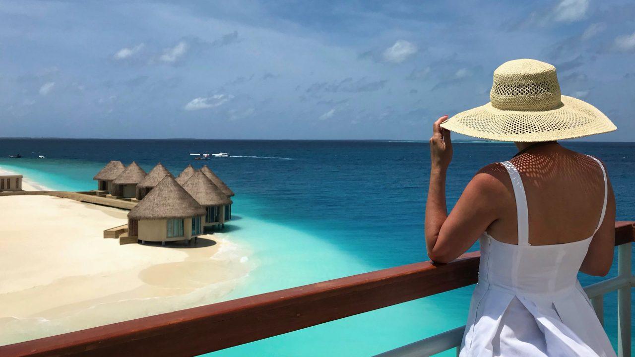 Atemberaubend der Blick auf das neue InterContinental Maldives Paradies.
