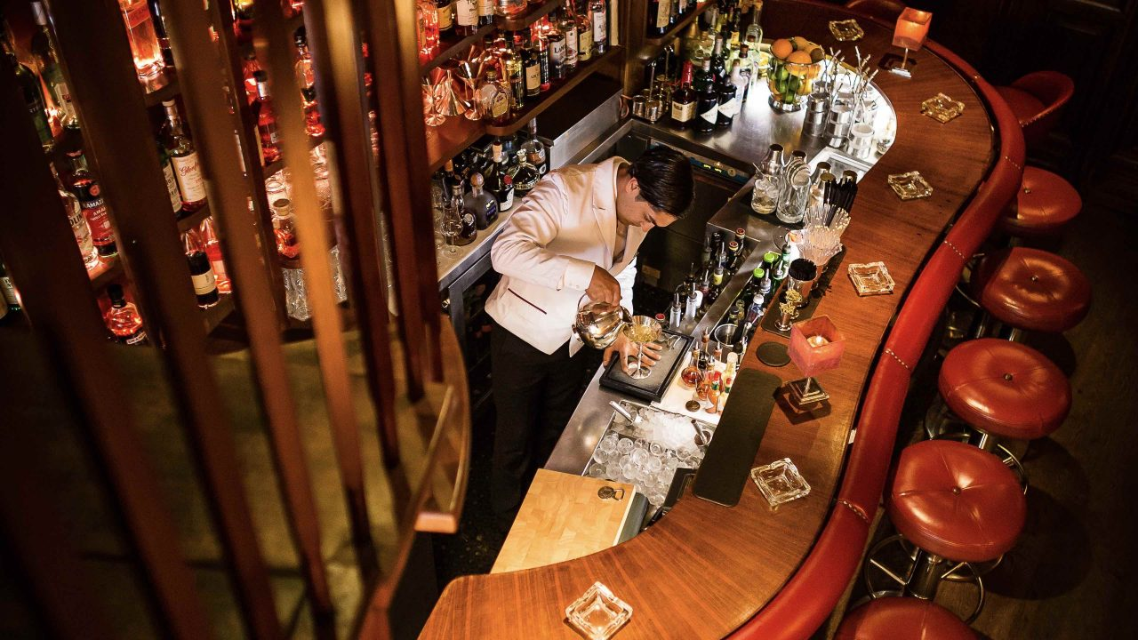 Fairmont Hotel Vier Jahreszeiten Hamburg - Jahreszeiten Bar - © Guido Leifhelm.