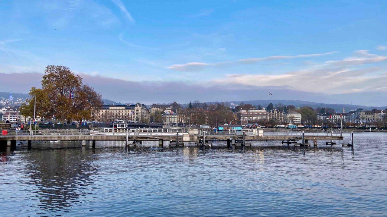 """""""Baur au Lac"""" - In schönster Lage, am malerischen Zürichsee."""