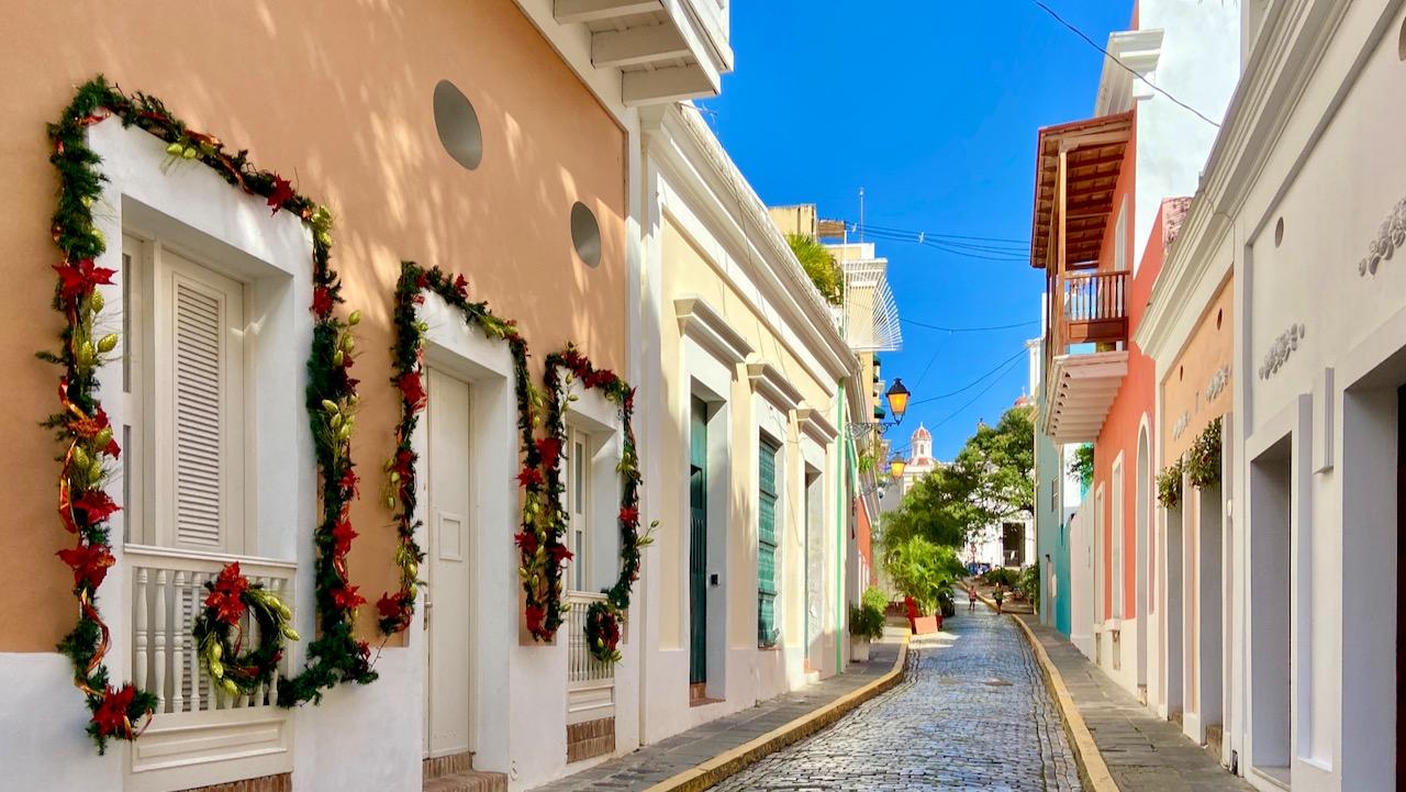 Las Monjas, eine der zahlreichen bildhübschen Straßen in der Altstadt.