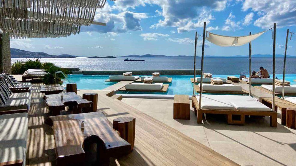 Mykonos Reisetipps Beach Clubs Cavo Tagoo Hotel Poolbar