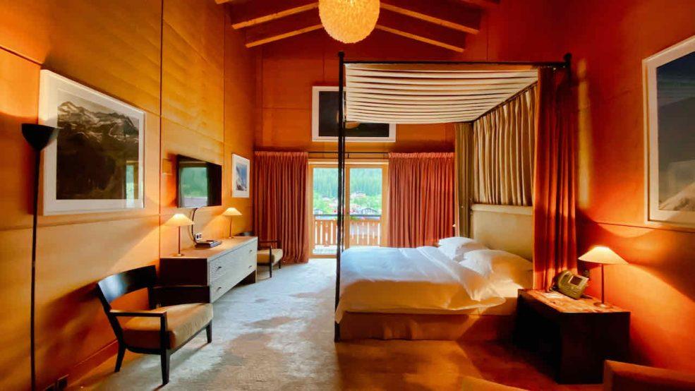 Lech am Arlberg Aurelio Chalet Luxushotel Reisetipps Schlafzimmer